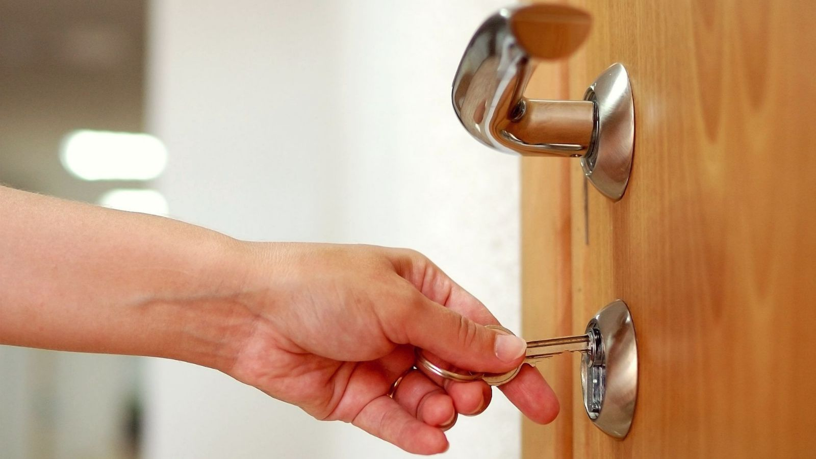 Your security can be in the best hands with a professional locksmith