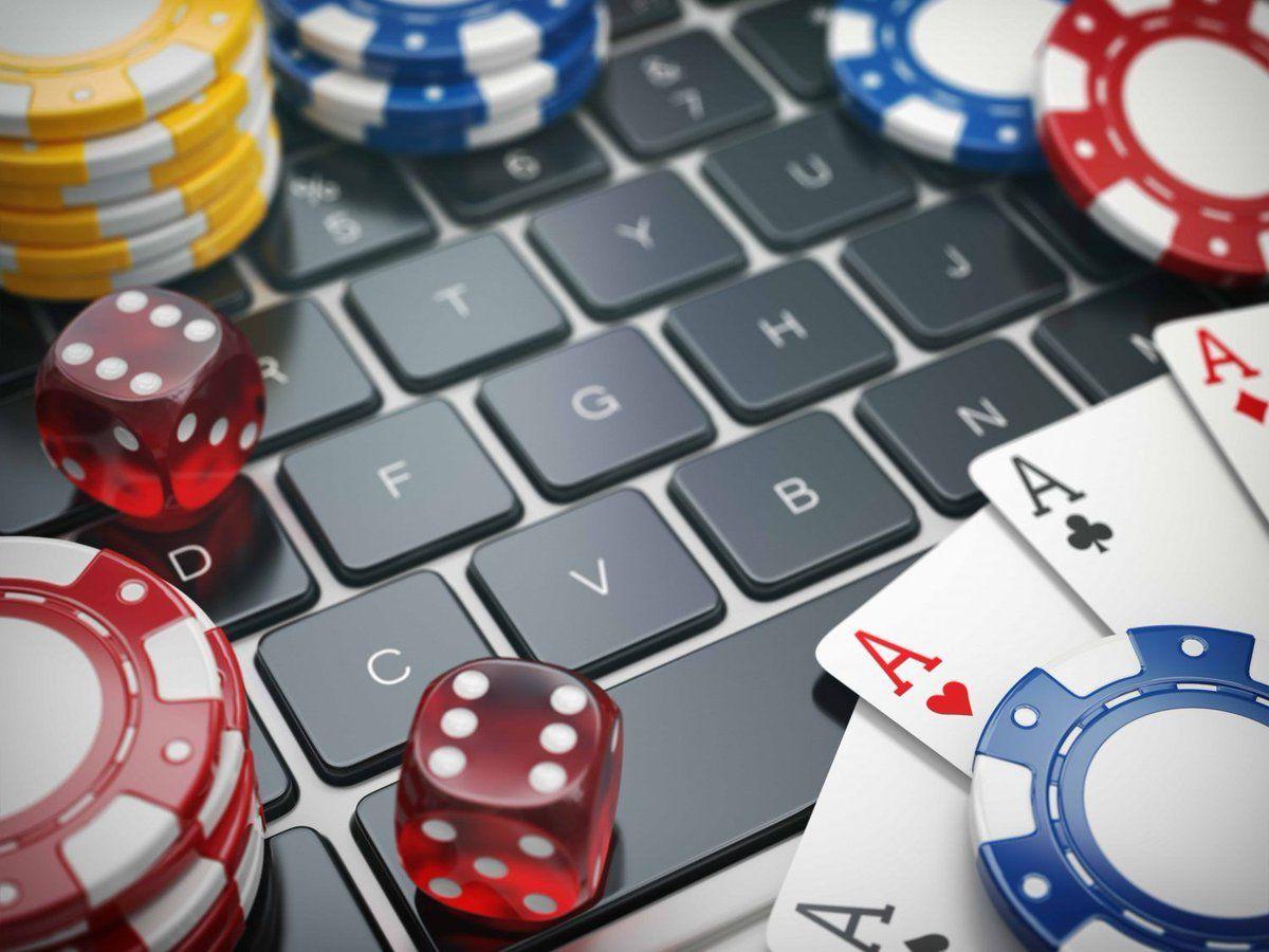 Internet casino Poker Tournaments vs Internet Poker Tournaments
