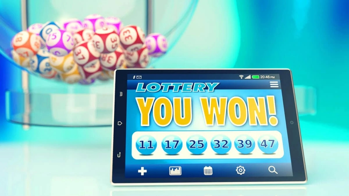 Advantages of playing situs judi online online and   not through local casino